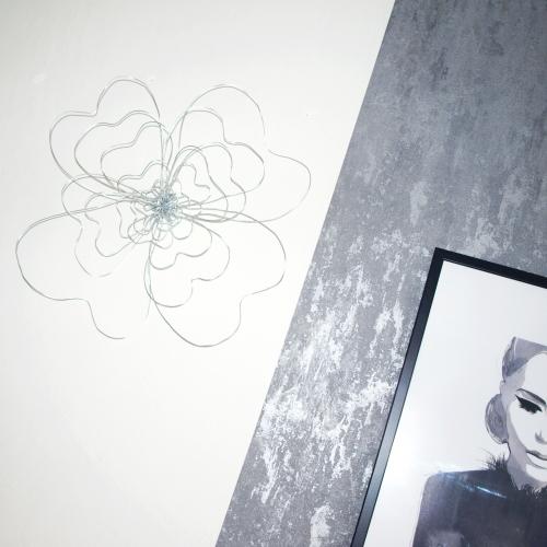 Květina - dekorace za zeď - stříbrná